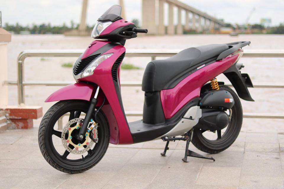 Can canh Honda Sh Y do toan do chat order tu Chau Au - 12