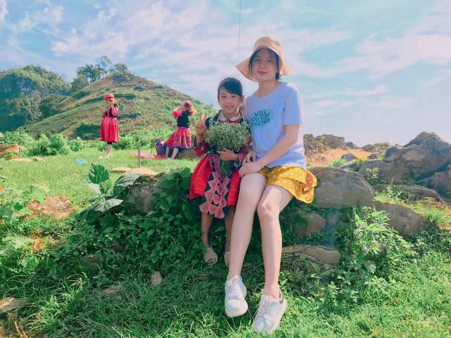 Clip Hanh trinh kham pha Moc Chau cua cap doi 9X dang yeu - 8
