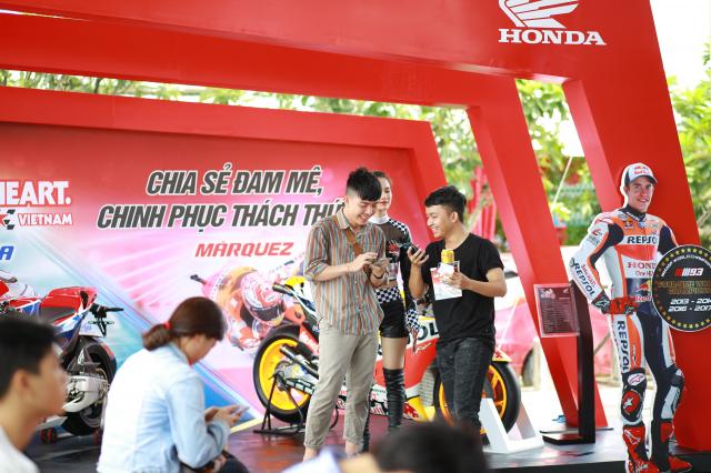 Cuong nhiet cung chang 12 giai dua MotoGP tai thanh pho Ho Chi Minh - 4