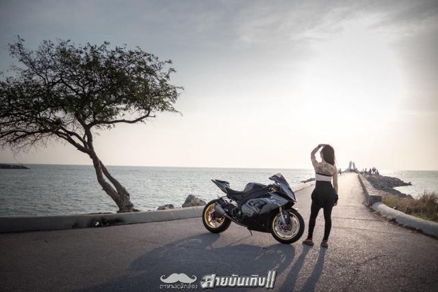 Do mat voi Sieu mo to BMW S1000RR do dang voi chu nhan xinh dep - 16