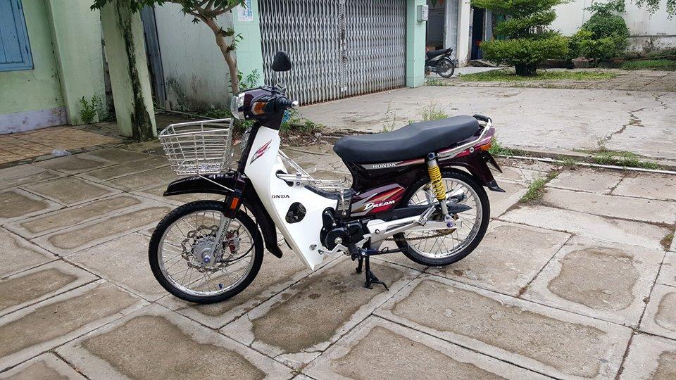 Dream do lao ong lang xe so co man lot xac cuc KHUNG - 8