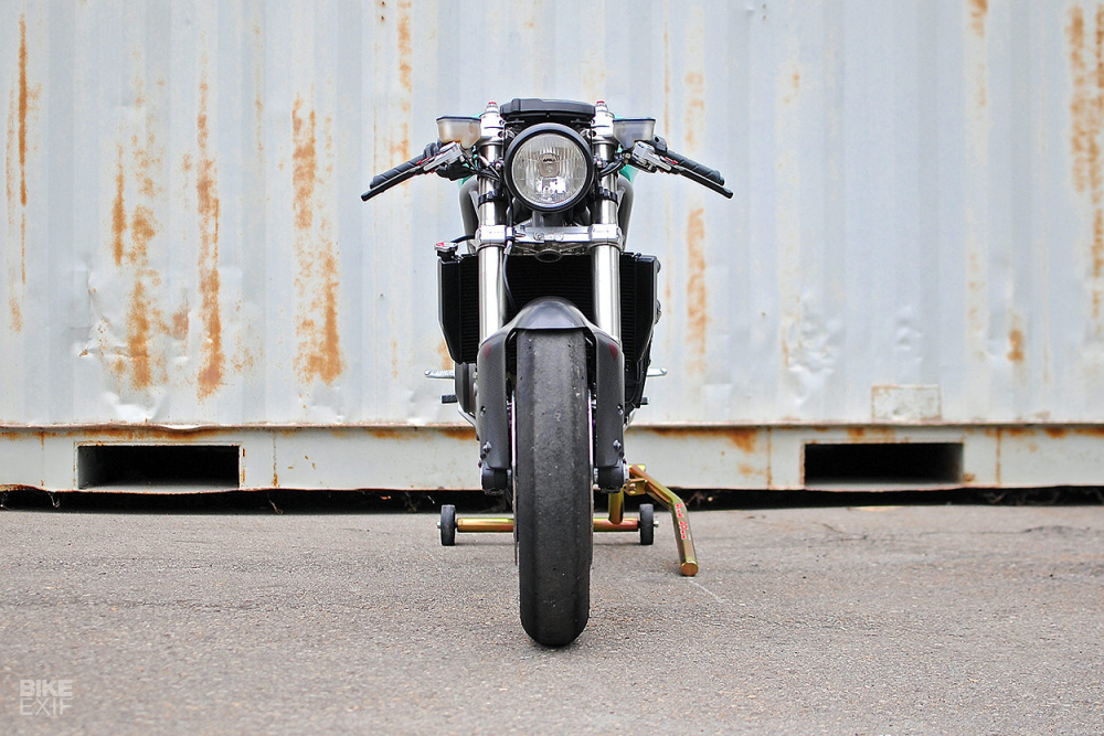 Ducati 848 hoi sinh khong tuong voi dien mao Cafe Racer - 4