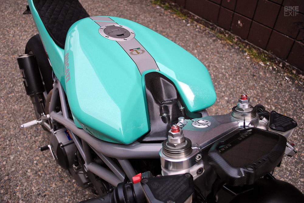 Ducati 848 hoi sinh khong tuong voi dien mao Cafe Racer - 6