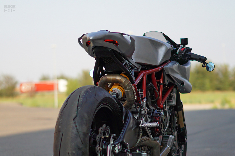 Ducati Cafe Fighter mang thiet ke may bay chien dau cua SIMONE CONTI - 5