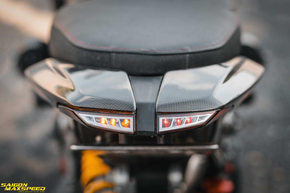 Ducati Hyperstrada 821 ban do bon tien cua Biker Sai Thanh - 17