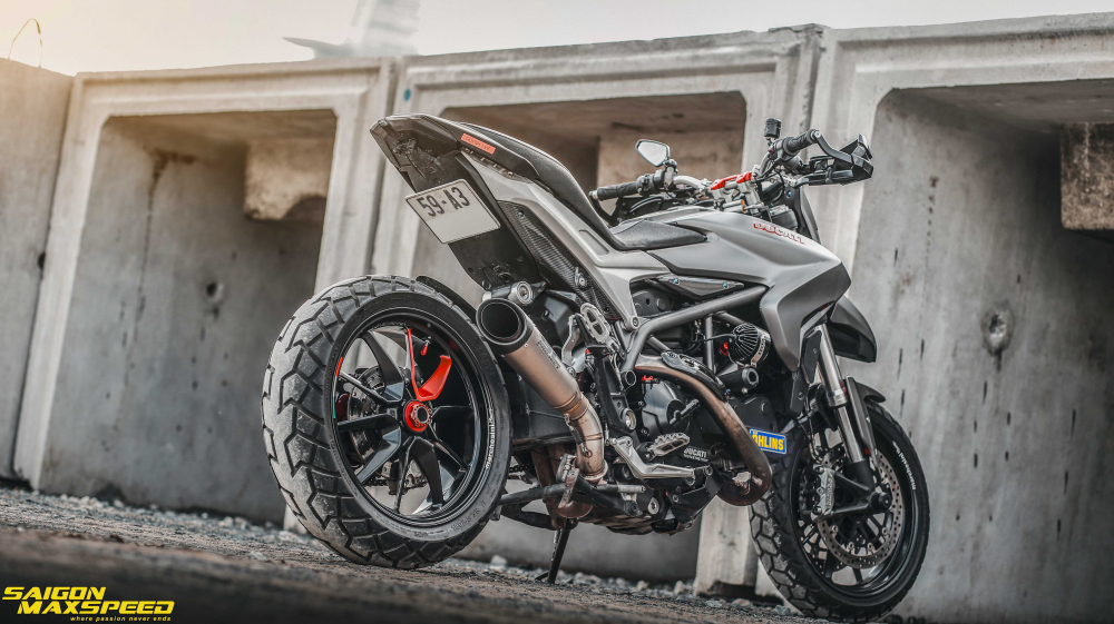 Ducati Hyperstrada 821 ban do bon tien cua Biker Sai Thanh - 31