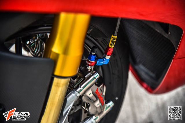 Ducati Panigale V4S hoan hao voi nhung nang cap tinh te - 5