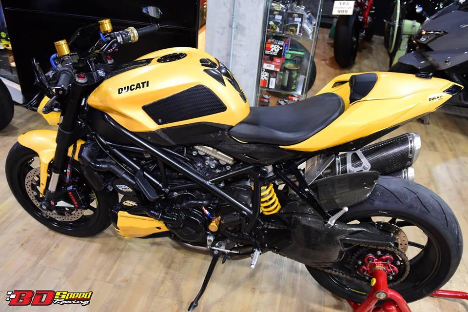 Ducati Streetfighter 848 cuc ngau sau khi duoc nang cap do choi - 3
