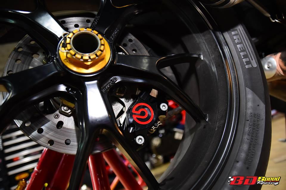Ducati Streetfighter 848 cuc ngau sau khi duoc nang cap do choi - 9