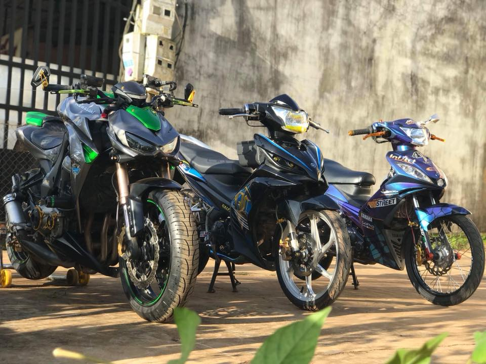 Exciter 135 do phong cach Malay khoe dang cung nguoi anh Z1000