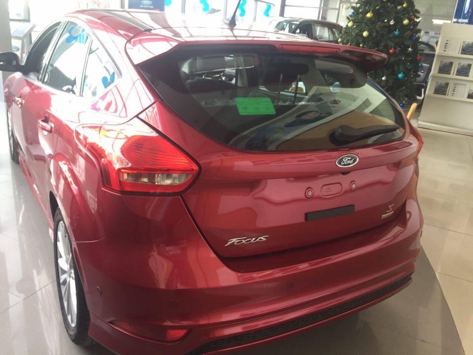 Ford Focus Trend 2018 Tang Goi Uu Dai 15 trieu - 3