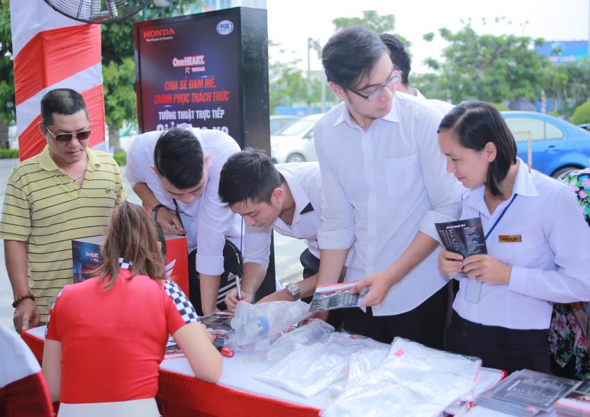 Honda Viet Nam mang MotoGP 2018 tro lai voi khan gia Can Tho - 5
