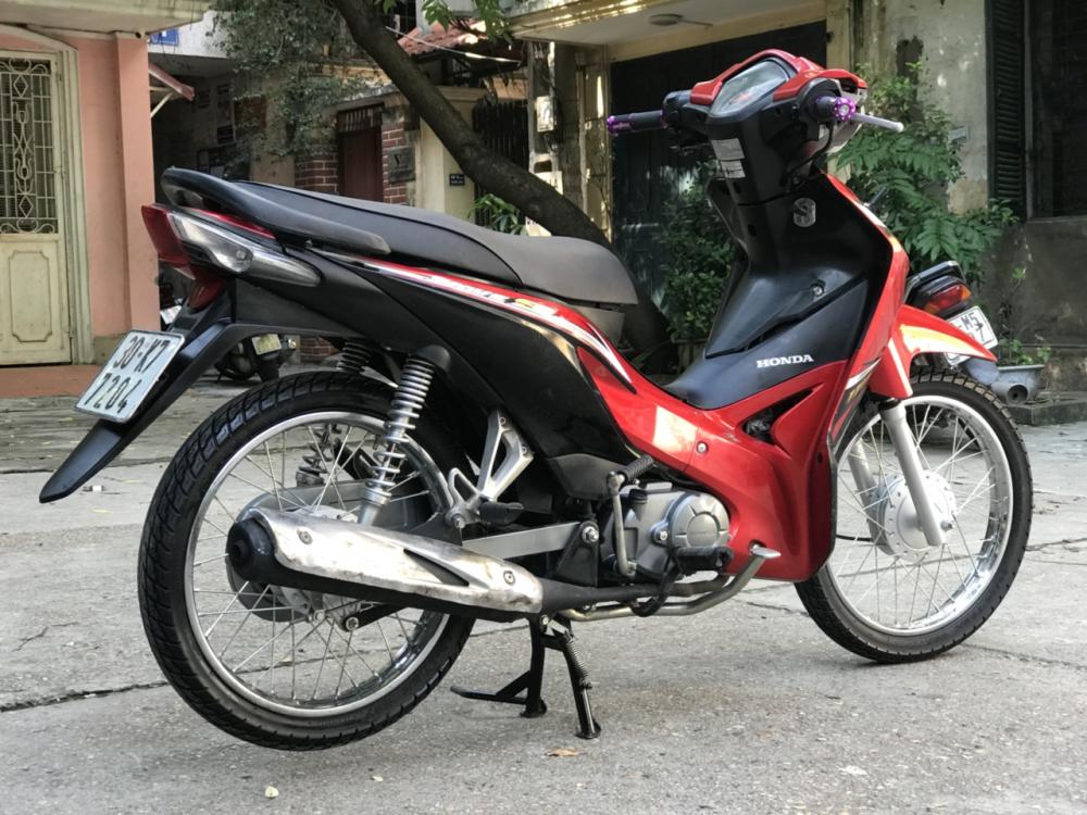 Honda Wave S 110 mau do den doi canh mong