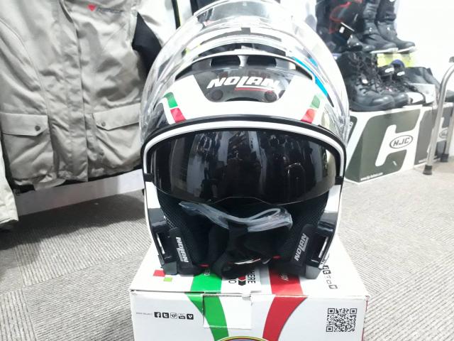 Moto299 Mu bao hiem tieu chuan Chau AU Nolan N44 mang toi su da nang da dung den kinh ngac - 4