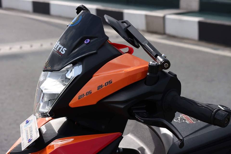 Winner 150 do sieu khung voi bo phanh Yamaha R6 cung loat do choi cuc chat - 4