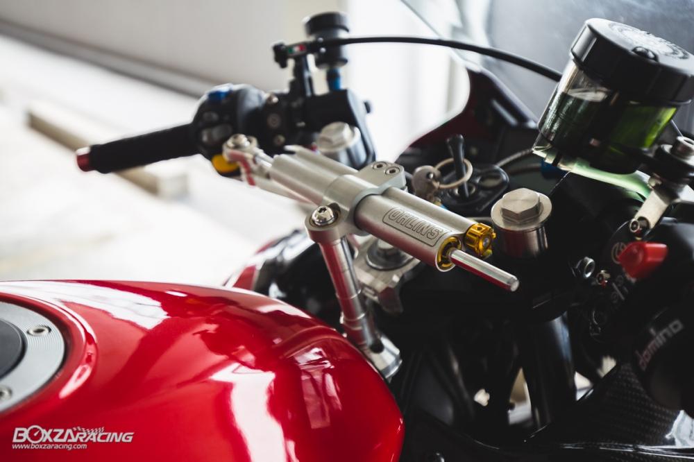 Yamaha R15 do mang option do choi dam chat the thao cua biker Thai - 7