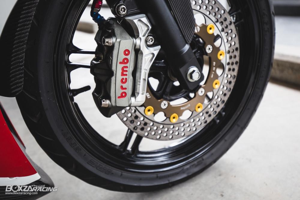 Yamaha R15 do mang option do choi dam chat the thao cua biker Thai - 9