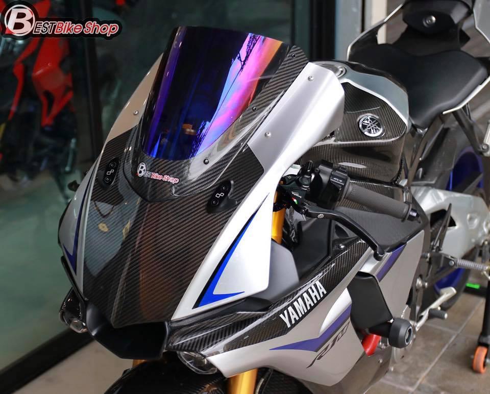 Yamaha R1M phien ban dac cach sac mui Carbon World - 4
