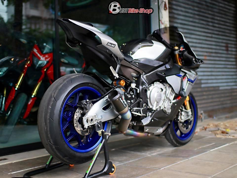 Yamaha R1M phien ban dac cach sac mui Carbon World - 14