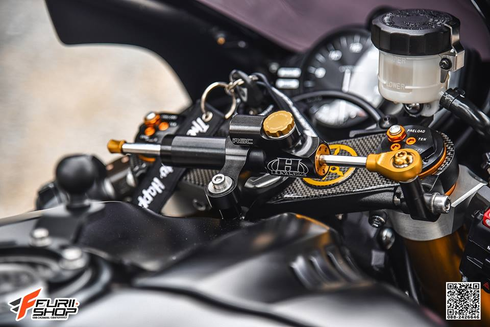 Yamaha R6 Ngua hoang hap dan voi dan trang bi Gale Speed - 6
