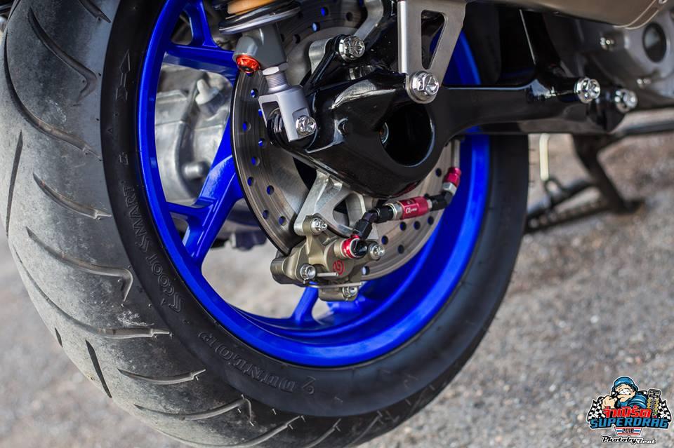 Yamaha X Max 300 do mang hoi tho khoc thet tren dat Thai - 7