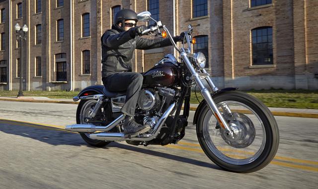 Ban Harley Davidson Streetbob sieu moi va nhieu do choi - 14