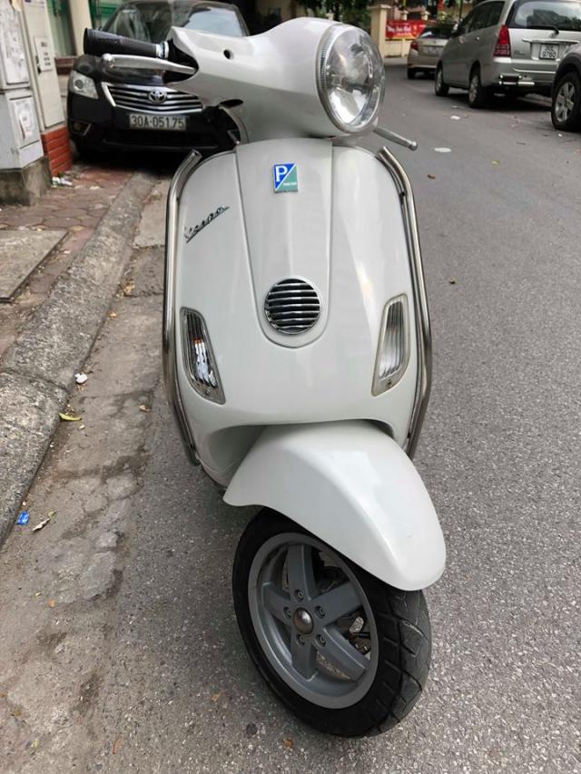 Ban Vespa LX150 doi 2013 nhap khau Italia 29V 44990 so nguyen ban 235tr mau trang do nu su dung xe - 2