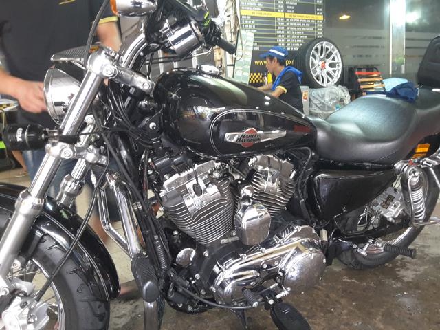 Ban xe Harley Davidson 1200 custom 2016