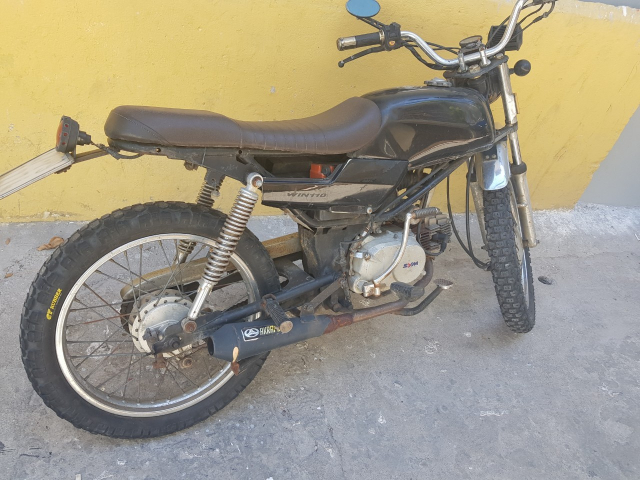 Ban xe Win 100cc cuc chat