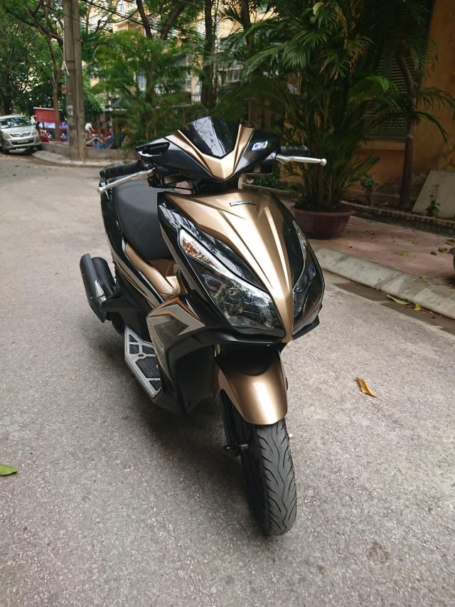 Can ban Honda Airblade 125 fi vang den 2014 con moi chinh chu 30tr500 - 4
