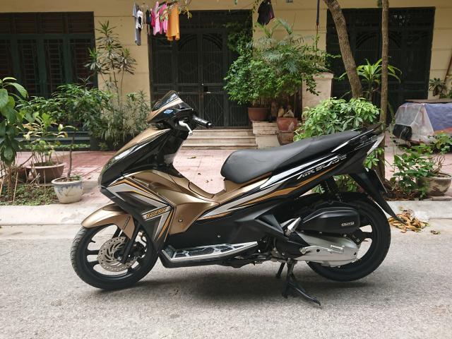 Can ban Honda Airblade 125 fi vang den 2014 con moi chinh chu 30tr500 - 5