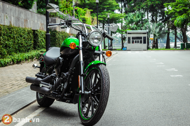 Chi tiet Kawasaki Vulcan 900 Custom 2018 dau tien tai Viet Nam