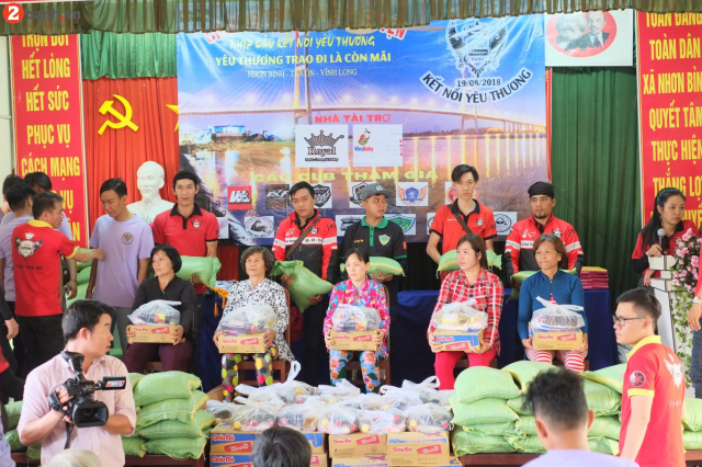 Club Exciter Passion voi Nhip cau Noi Ket Yeu Thuong day y nghia - 28