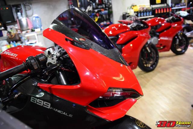 Ducati 899 Panigale noi bat voi nhieu tinh tiet thay doi