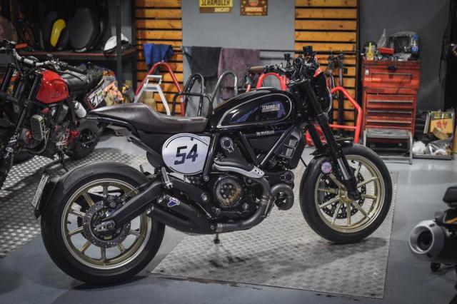 Ducati Scrambler Cafe Racer ve dep kho cuong khi qua tay Mugello - 9