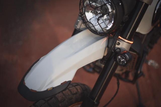 Ducati Scrambler Desert Sled ban nang cap Touring den tu Mugello - 4