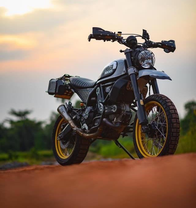 Ducati Scrambler Desert Sled ban nang cap Touring den tu Mugello - 8