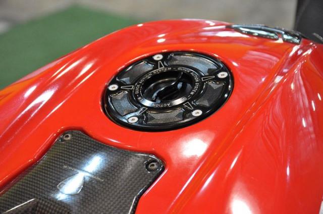 Ducati Streetfighter 1100S Huyen thoai duong pho bat tu - 6