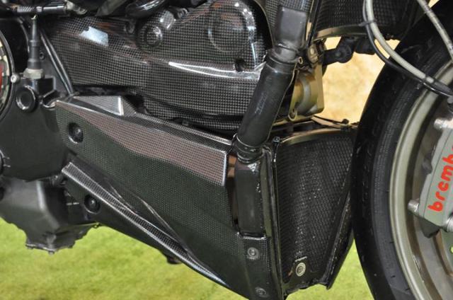 Ducati Streetfighter 1100S Huyen thoai duong pho bat tu - 8