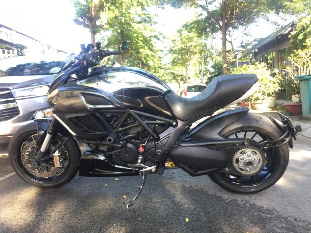 em gai den tu Y Ducati Diavel Cromo 1300cc Date 2013 abs - 3