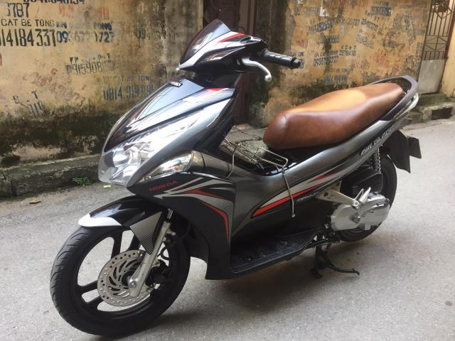 gap honda Airblade Fi pb 2011 btp 29H 03811 so xam sport 21t500 chinh chu nu di dc 2vankm moi 90