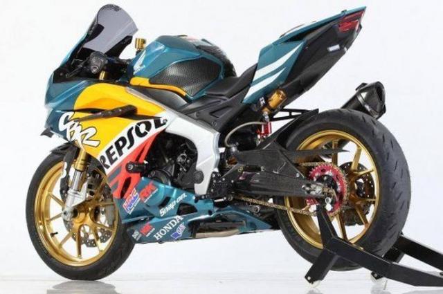 Honda CBR250RR ban tuy chinh dac biet theo phong cach Repsol - 6