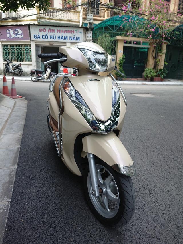 Honda Lead 125 fi doi moi 2015 chinh chu be vang con moi bien Hn - 6