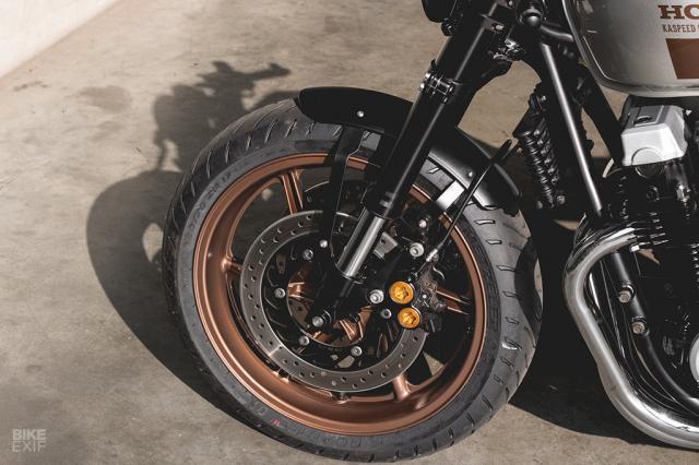 Honda Nighthawk 750 ban tuy chinh den tu Kaspeed Moto - 8