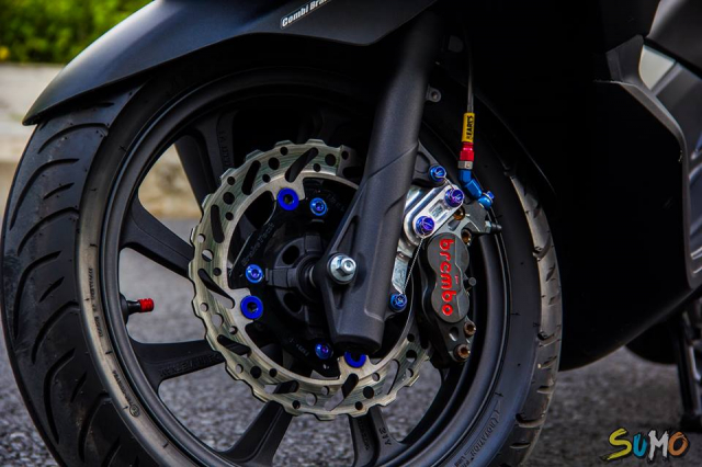 Honda PCX 2018 do option khung cua tay choi Viet - 9
