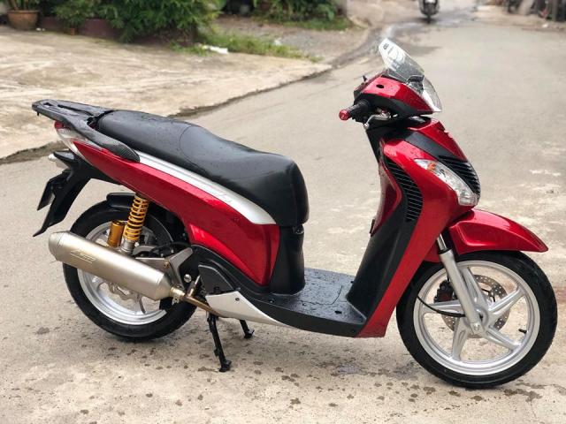 Honda Sh y do khau than cong den tu nha Leovince - 6