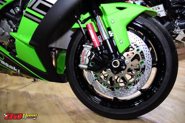 Kawasaki ZX10R do don gian day tinh te voi dan chan aluminim kich doc - 4