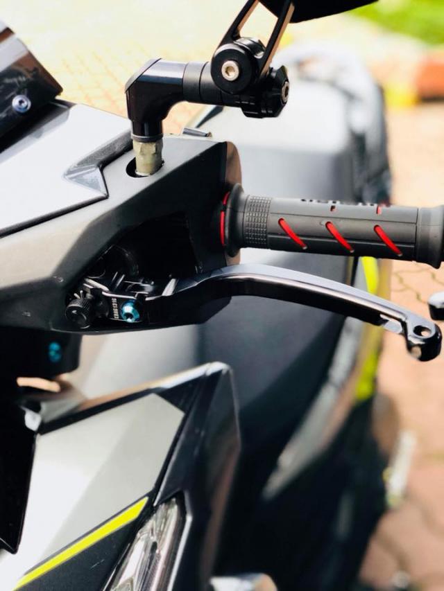 Vario 150 do phuoc xeo phong cach Ducati vua ra mat ban do moi - 4