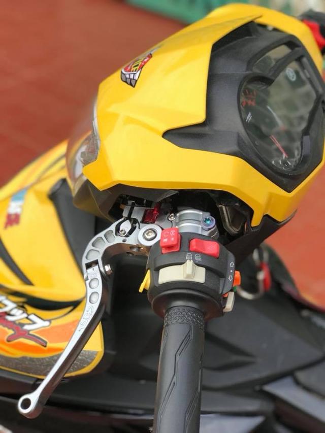 Nhin ngam Exciter 150 do phong cach Pikachu Racing sieu de cung - 4