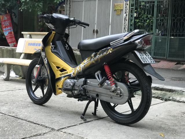 Sirius R mau vang den 2012 doi chot vanh duc phanh dia - 3